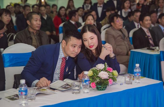 Táo môi trường 2017 - NSND Tự Long khai trương Tuấn Minh Land chi nhánh Hạ Long (xin edit)