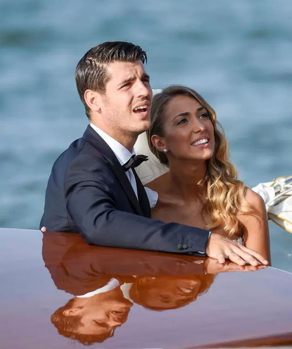 Top đám cưới nổi bật của sao sân cỏ năm 2017 - 1