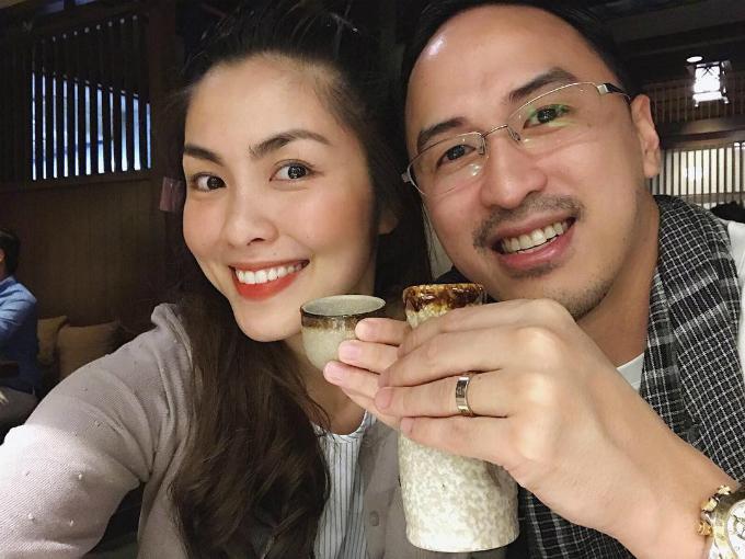 Vợ chồng Tăng Thanh Hà hẹn hò ăn tối, lãng mạn như ngày mới yêu.