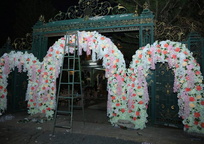 Nhà riêng của Lâm Khánh Chi ở quận 9 TP HCM khá bề thế.