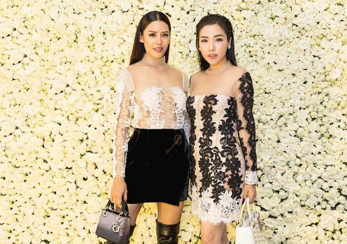 Nguyễn Thị Loan đọ vẻ gợi cảm với Khánh Phương trong sự kiện.