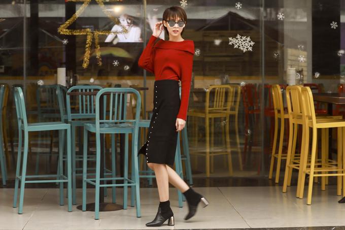 Phí Phương Anh gợi ý phối đồ trẻ trung cùng chân váy