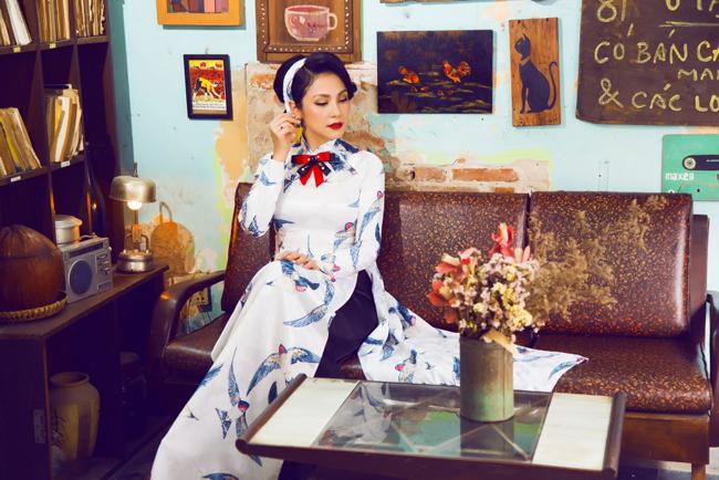 Việt Trinh ra dáng Cô Ba Sài Gòn đài các, quý phái trong bộ ảnh mới.