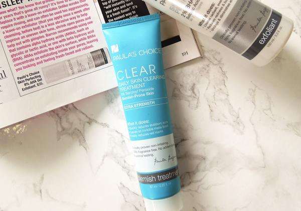 Paulas Choice Clear Extra Strength Daily Skin Clearing Treatment with 5% Benzoyl Peroxide Sản phẩm chứa thành phần chính là 5% Benzoyl Peroxide  hoạt chất trị mụn bọc rất hiệu quảgiúp giảm viêm sưng mụn nhanh chóng