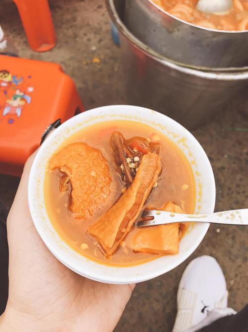 Lý Phương Châu bật mí hai quán ăn vặt ruột lề đường Sài Gòn - 3