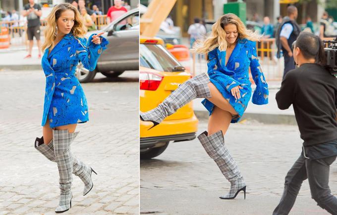 Nữ ca sĩ Rita Ora tung chân quá đà trong khi quay video ca nhạc tại Manhattan hôm 5/10.