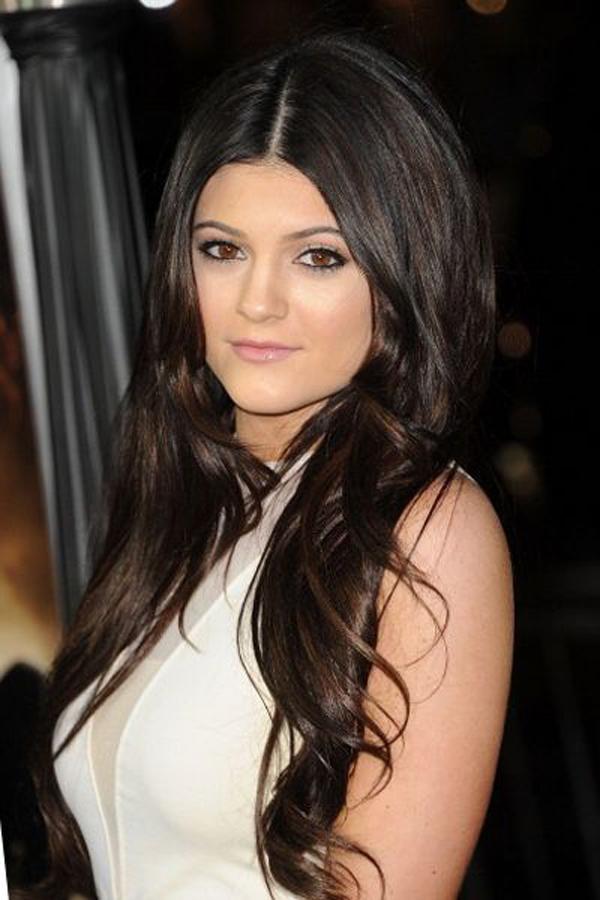 Hành trình lột xác từ cô út xấu xí đến người tạo trào lưu của Kylie Jenner - 3