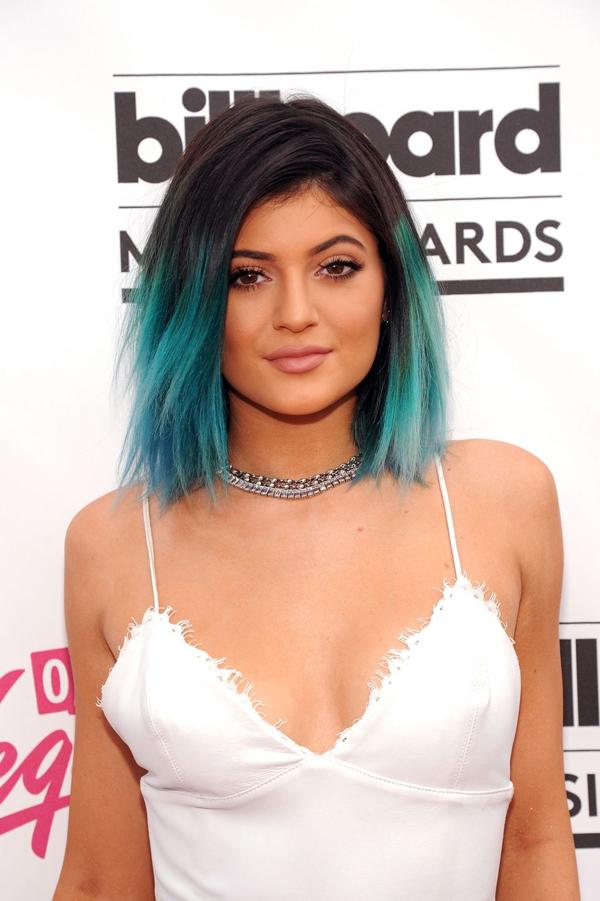 Hành trình lột xác từ cô út xấu xí đến người tạo trào lưu của Kylie Jenner - 5