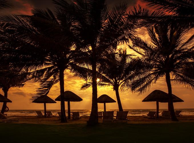Điểm nổi trội hơn hết ở Famiana Resort & Spa Phú Quốc đó là chất lượng dịch vụ với phong cách nhiệt tình, thân thiện và chu đáo, Famiana luôn sẵn sàng phục vụ và mang lại cho du khách cảm giác thoải mái trong không gian riêng tư để Qúy khách tận hưởng kỳ nghỉ ý nghĩa bên gia đình và những người thân thương.