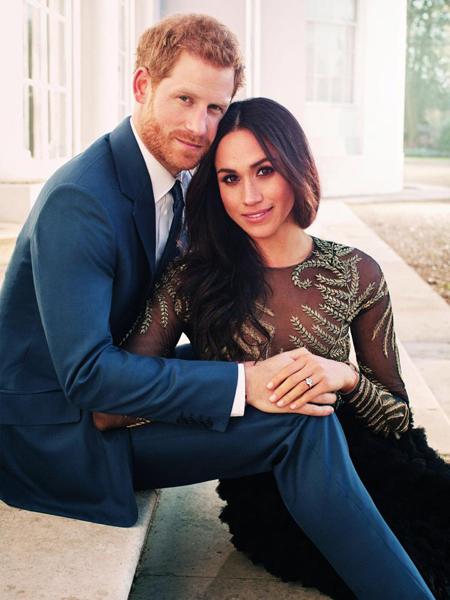 Ảnh đính hôn của Meghan Markle và hoàng tử Harry. Ảnh: EPA