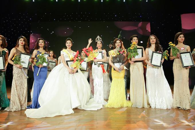 Hot girl Hà Lade bất ngờ đoạt Á hậu 1 cuộc thi Nữ hoàng Trang sức - 2
