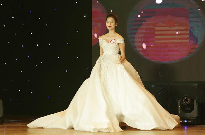 Hot girl Hà Lade bất ngờ đoạt Á hậu 1 cuộc thi Nữ hoàng Trang sức - 5