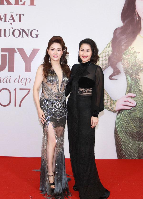 Hoa hậu Xuân Hương diện váy xuyên thấu dự đêm chung kết cuộc thi sắc đẹp - 2