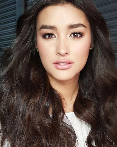 Liza Soberano là mỹ nhân có gương mặt đẹp nhất thế giới năm 2017.