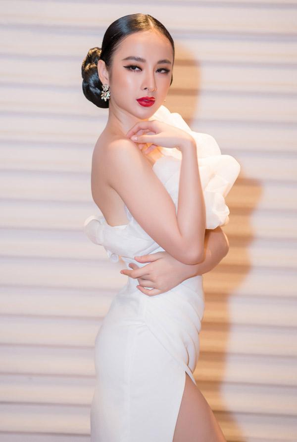 Angela Phương Trinh khoe vẻ gợi cảm với thiết kế của Đỗ Long.