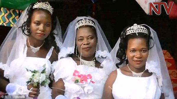 Cả ba cô dâuđều thấy hài lòng với đám cưới.
