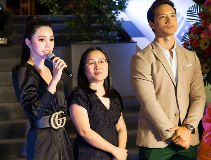 Jolie Nguyễn được xếp vào nhóm con nhà giàu Việt Nam. Cô cho biết sẽ cố gắng để khẳng định khả năng của bản thânở lĩnh vực nghệ thuật.
