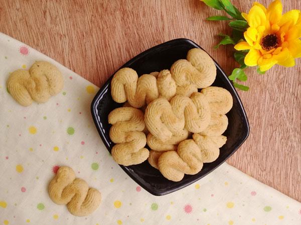 Trời lạnh làm bánh quy vị cà phê thơm lừng