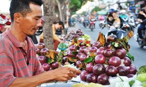 Chợ trái cây miệt vườn ven sông tại Sài Gòn