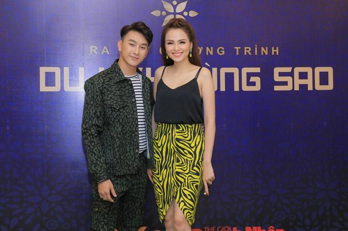 Hoa hậu Diễm Hương gợi cảm với áo dây, dự tiệc cùng Hoàng Kỳ Nam.
