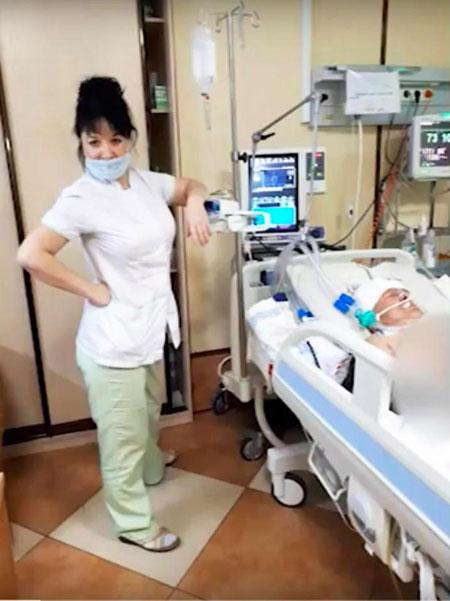 Y tá giả vờ uống máu và tự sướng với nội tạng của bệnh nhân - 2