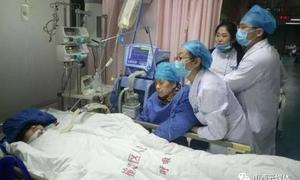 Bác sĩ giỏi qua đời vì kiệt sức do làm việc liên tục 18 tiếng