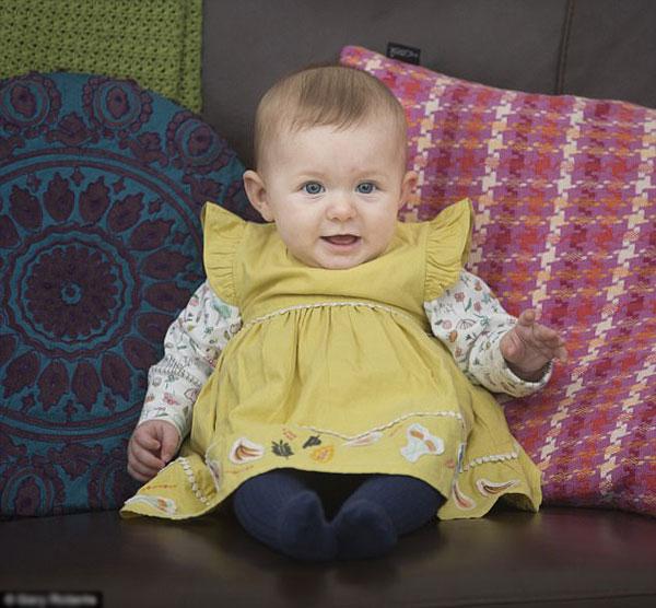 Molly nặng 3,5 kg khi chào đời và hoàn toàn khỏe mạnh.