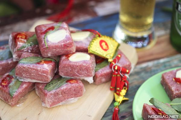 Cách làm 4 món nem từ thịt sống đặc trưng ẩm thực Việt - 2
