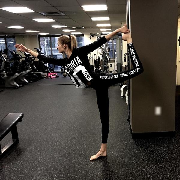 Cô dành ít nhất 4 buổi một tuần để tập luyện. Trước các show diễn, cô sẽ có mặt tại phòng tập bất cứ lúc nào rảnh rỗi.