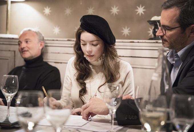 Đạo diễn phimAngels Face là Vanessa Filho - người từng chỉ đạo thực hiện tác phẩmkinh dị French Blood năm 2015 và Mobile Home (2017).