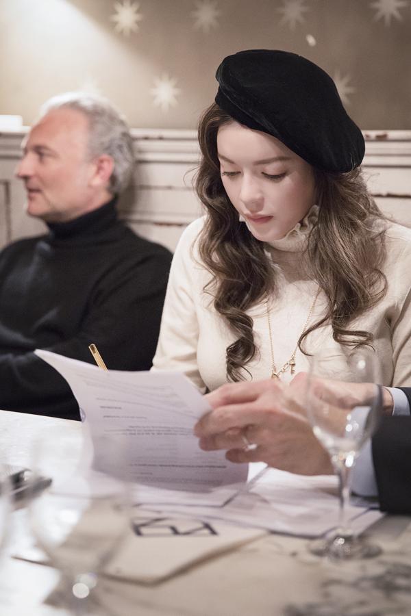 Cựu Đại sứ du lịch Việt Nam không tiết lộ số tiền côđã đầu tư vào bộ phim của Pháp cũng như tổng kinh phí mà ba nhà sản xuất (trong đó có cô) chi cho Angels Face.