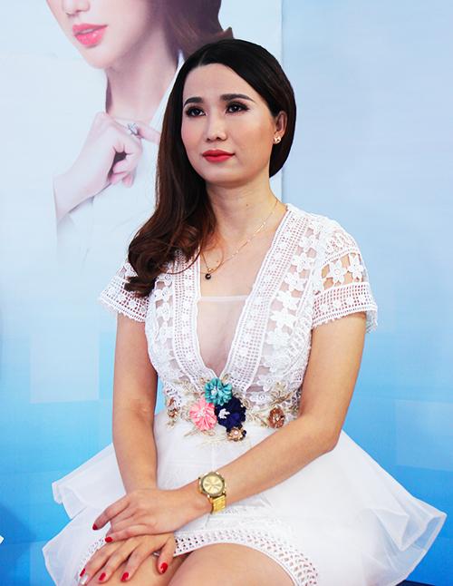 chị Nguyễn Song Thương