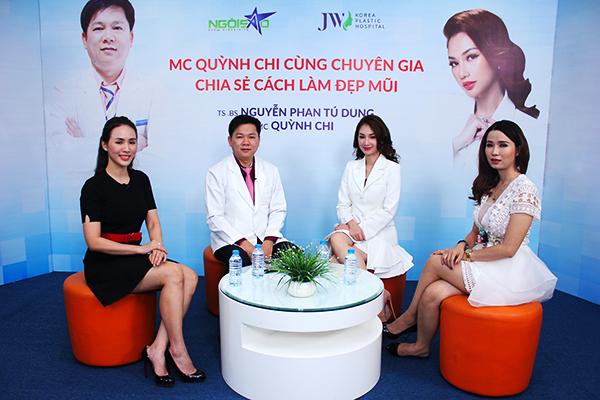 Từ trái qua: MC Bảo Anh; TS.BS Nguyễn Phan Tú Dung; MC, diễn viên Quỳnh Chi; chị Nguyễn Song Thương tại buổi Tư vấn trực tuyến Kinh nghiệm làm đẹp diễn ra ở Ngoisao.net sáng ngày 3/1. Ảnh: Hà Mai