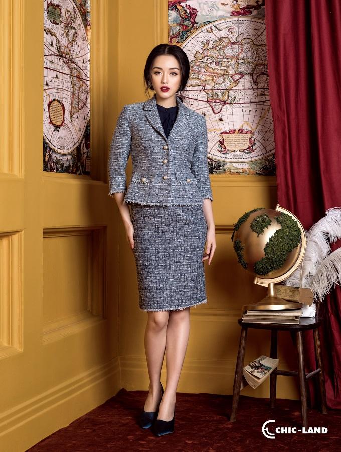 Mùa mốt Thu Đông năm nay, Chic-Land lần đầu tiên cho ra mắt bộ sưu tập áo vest vải tweed với chất liệu được nhập trực tiếp từ Italy.