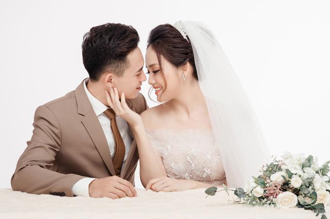 Ảnh cưới ngọt ngào của top 10 HHVN Tố Như và hot boy trường Cảnh sát - 10