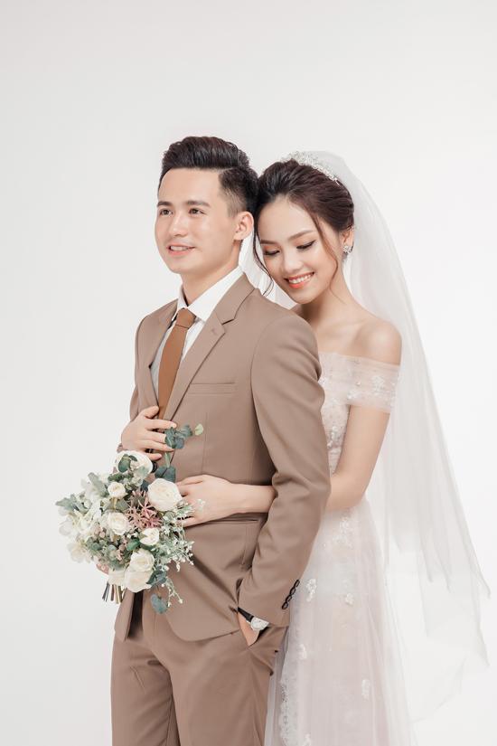 Ảnh cưới ngọt ngào của top 10 HHVN Tố Như và hot boy trường Cảnh sát - 8