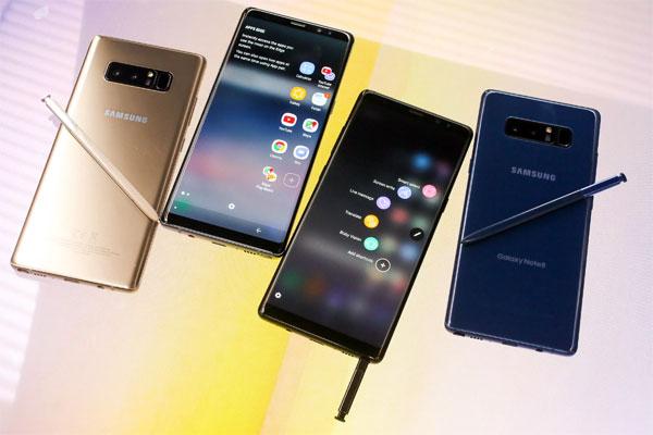 Samsung đặt mục tiêu doanh số 320 triệu smartphone năm 2018