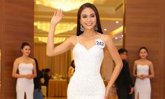 Thí sinh Hoa hậu Hoàn vũ VN ra mắt tại họp báo