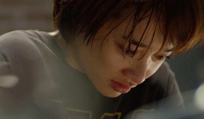 Nữ diễn viên không gặp khó khăn trong các phân đoạn phải rơi nước mắt.