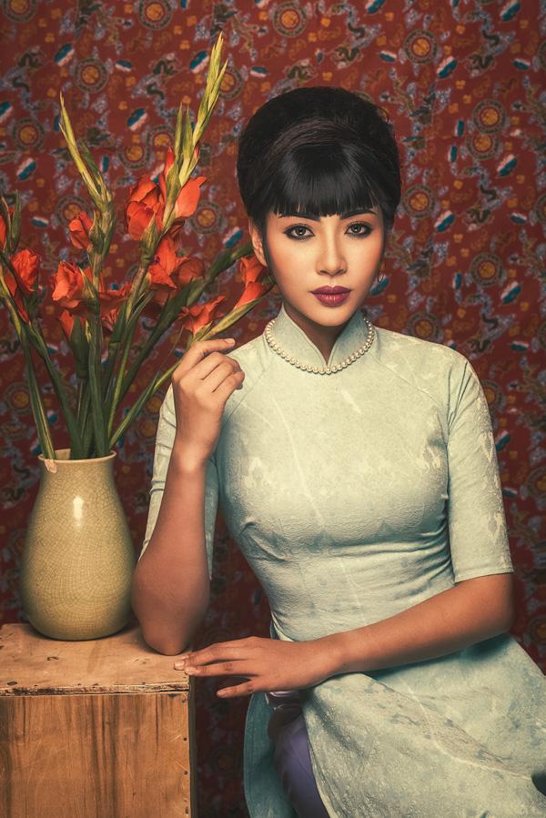Đặng Thu Thảo hóa Cô Ba Sài Gòn với style trang điểm cổ điển