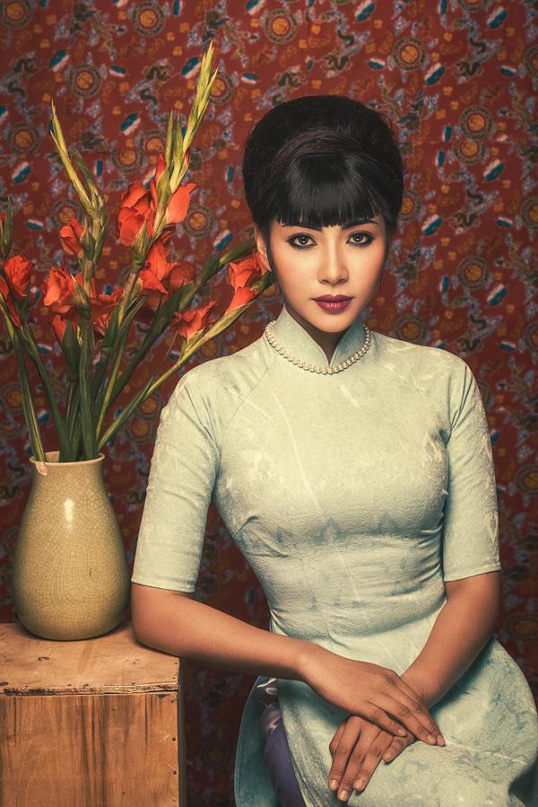 Đặng Thu Thảo hóa Cô Ba Sài Gòn với style trang điểm cổ điển - 1