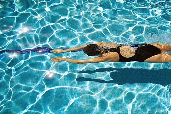 Bọ Cạp - Bơi Bơi là bộ môn giúp đốt cháy calories hiệu quả hàng đầu. Bơi giúp giải tỏa căng thẳng, tiêu hao mỡ thừa và giúp cơ thể dẻo dai hơn.