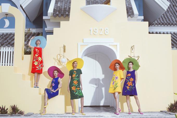 Tháng 5/2017 Đỗ Mạnh Cường chơi sang khi đưa 300 khách mời và 100 người mẫu ra đảo Phú Quốc để tổ chức show diễn xuân hè 2017 với tên gọi Life in Color.