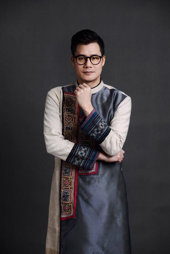 Ca sĩ Quang Dũng làm người mẫu áo dài - 2
