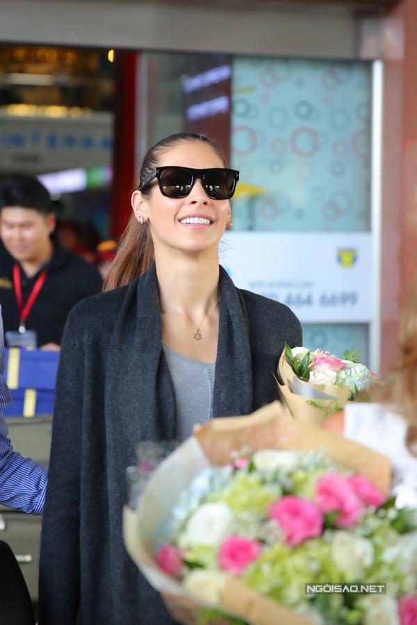 Hoa hậu Hoàn vũ từng đăng quang ở Nha Trang rạng rỡ ngày trở lại - 8