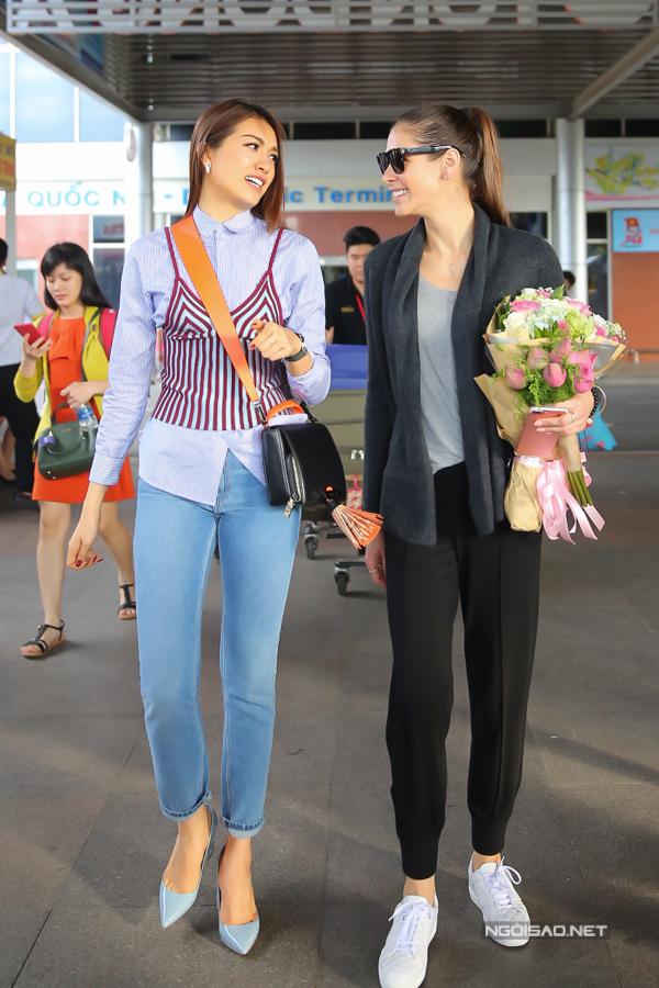 Hoa hậu Hoàn vũ từng đăng quang ở Nha Trang rạng rỡ ngày trở lại - 9