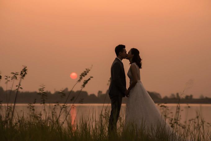 Bộ ảnh cưới của vợ chồng Tố Như lãng mạn như trong truyện ngôn tình.