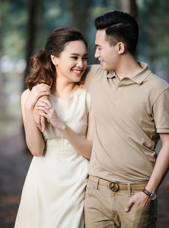Ông xã của Tố Như từng rất nổi tiếng trên mạng xã hội với danh hiệu hot boy trường Cảnh sát. Anh hơn cô 4 tuổi, quê gốc Nam Định. Trong mắt Tố Như, ông xã là người sống tình cảm và có chí hướng.