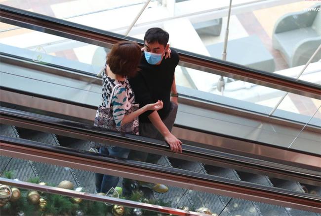 Vợ chồng Hoa hậu Hong Kong