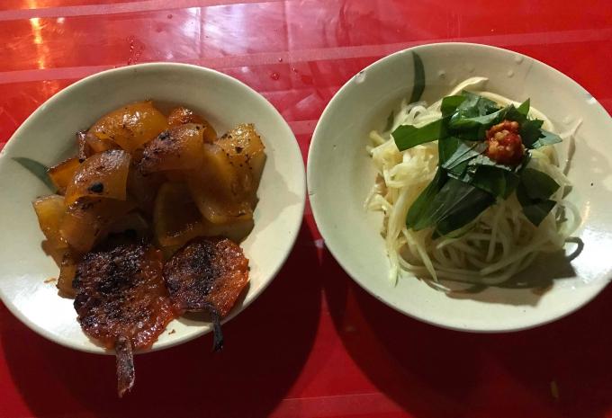 Bì heo nướng - món ăn vặt độc đáo chỉ có ở Hà Tiên - 1